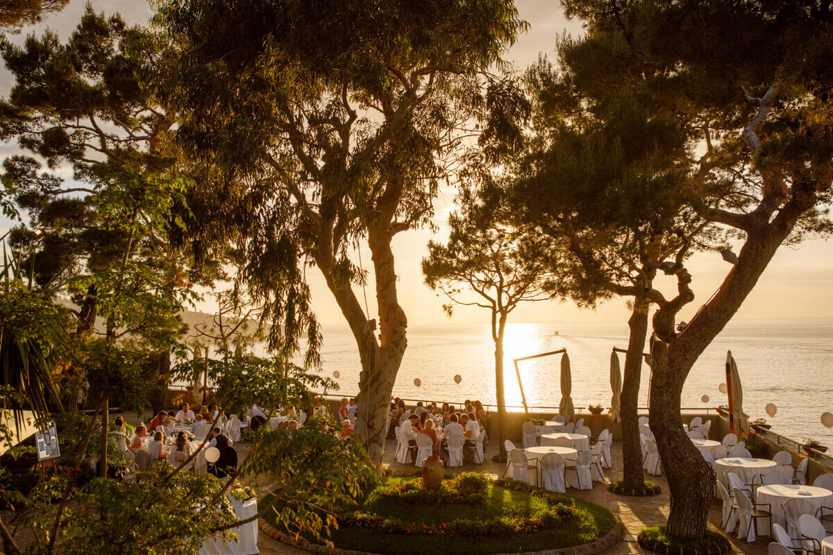 Intimate Weddings Abroad By the Bridal Consultant in Italy